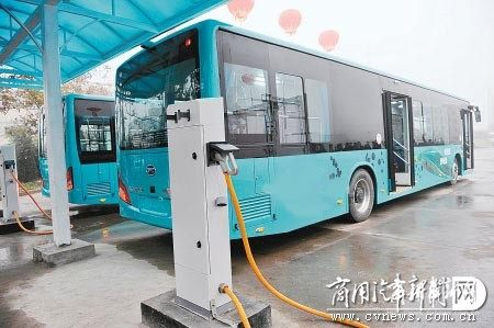 天津比亚迪首批33辆纯电动公交车下线