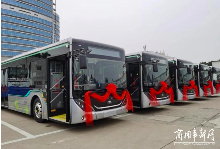"""20天生产47辆""""豪华加长版""""纯电动公交车!宇通创下""""晋城专属速度"""""""