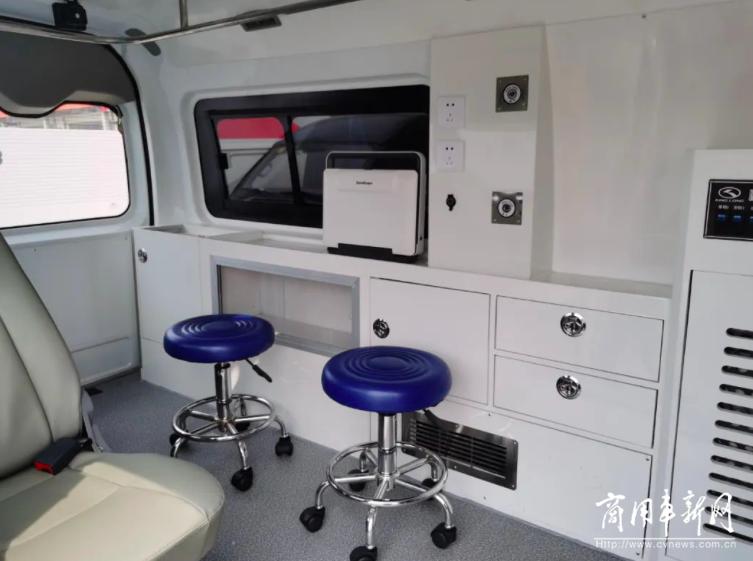 金龙新肺哨兵车,极速筛查保卫健康