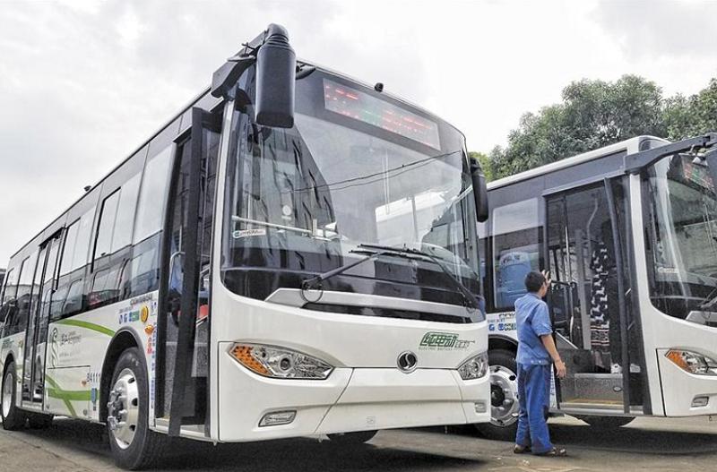 两部委:重点区域新能源和清洁能源公交车占比不低于60%