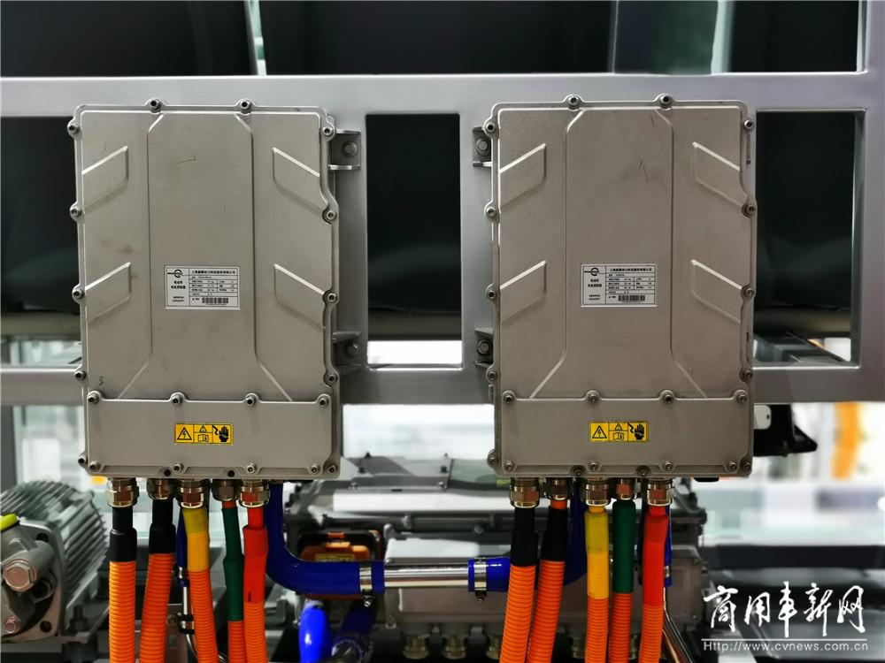 低地板公交车的春天已然到来 ——地铁巴士&盘毂动力亮相北京车展