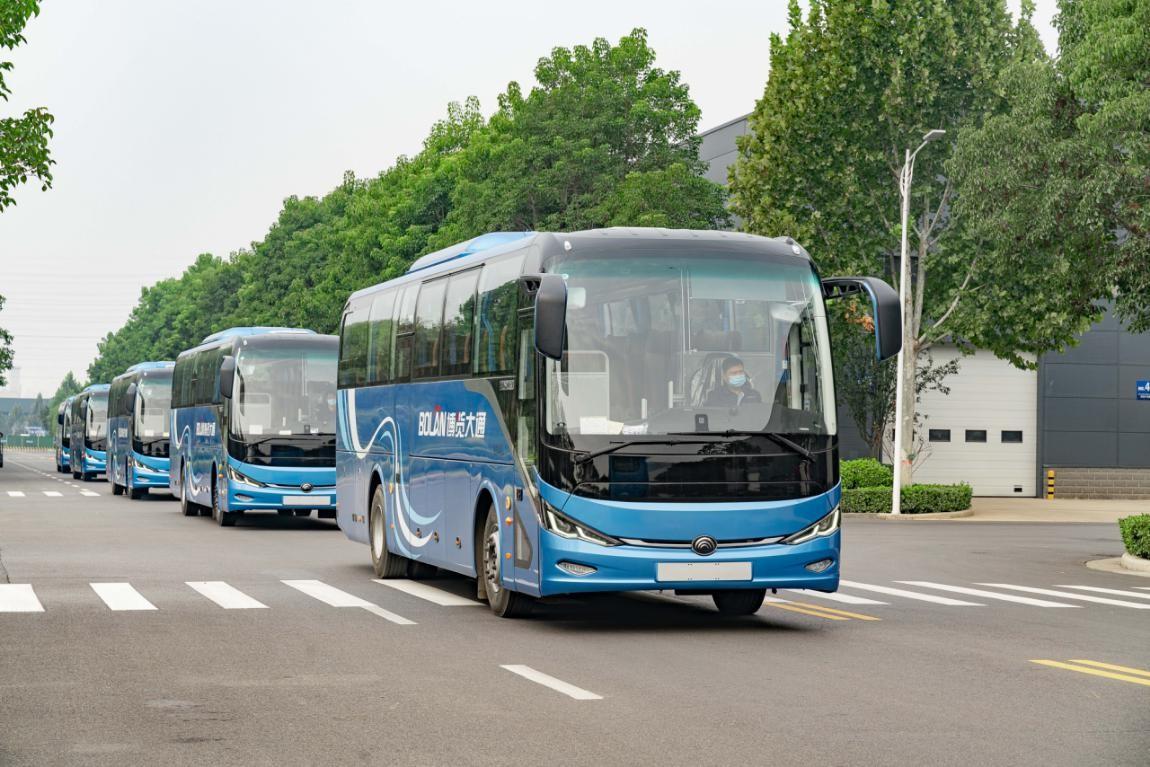 再树旅游包车客运新标杆,宇通新7系纯电动客车交付广州