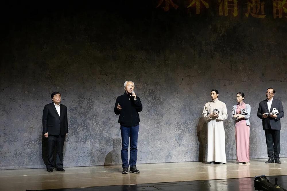 山东重工、中国重汽、潍柴集团全体党员干部接受特殊党课教育