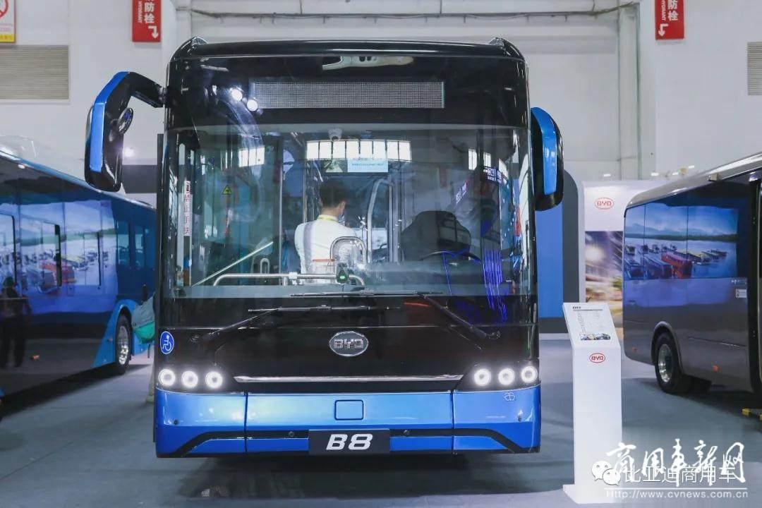 绿色科技 智行万里 比亚迪全新纯电动客车亮相北京道路运输展