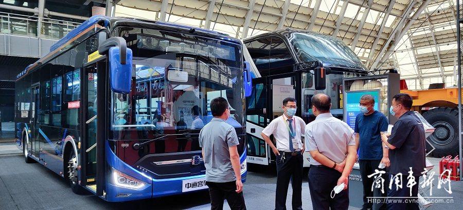 """三款精品亮相 中通客车向世界展示行业高端智造""""新动能"""""""