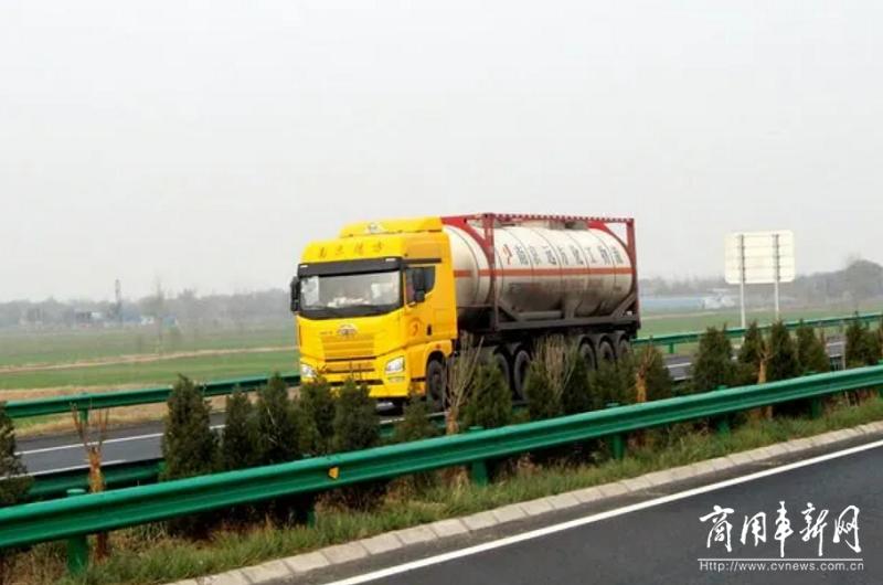 安徽高速服务区拟增加758个危化车专用停车位