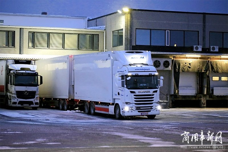 英国卡车司机年入5万英镑超企业高管,缺10万卡车司机供应链告急
