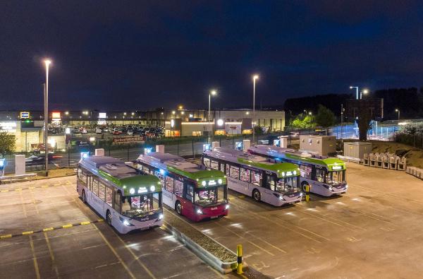 助力零碳出行 比亚迪纯电动巴士成为第26届联合国气候大会官方接驳车